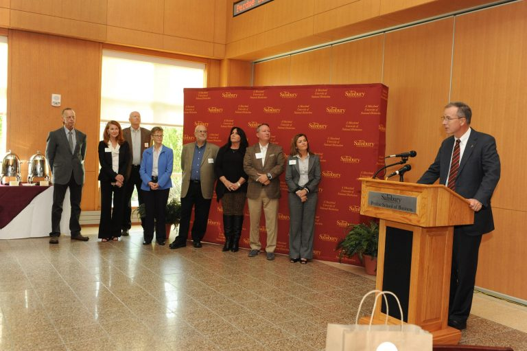 Shore Hatchery Judges & SU President Dr. Wight